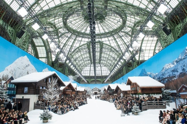 Chanel fall/winter 2019/2020 show set