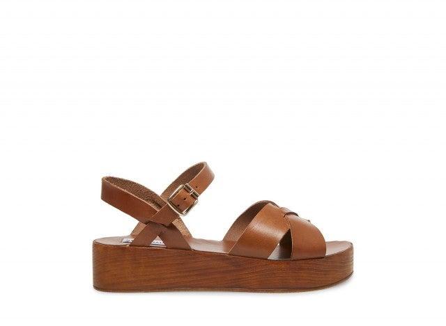 Steve Madden brown flatform sandal