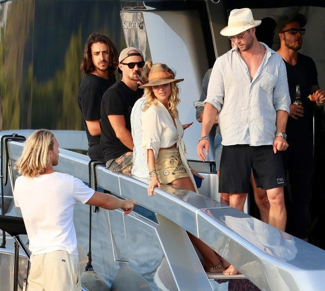 Chris Hemsworth, Elsa Pataky, Matt Damon and is wife Luciana Barroso enjoy a day on a yacht. Matt and his wife share an tender moment together on July 14th 2019 in Ibiza, Spain