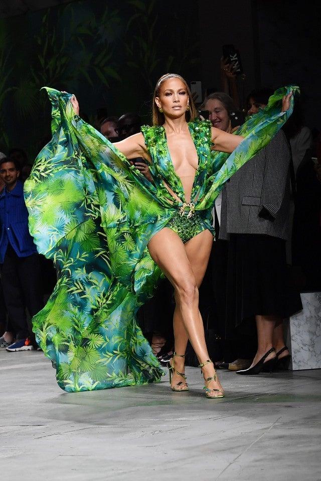Jennifer Lopez Versace SS2020 Runway