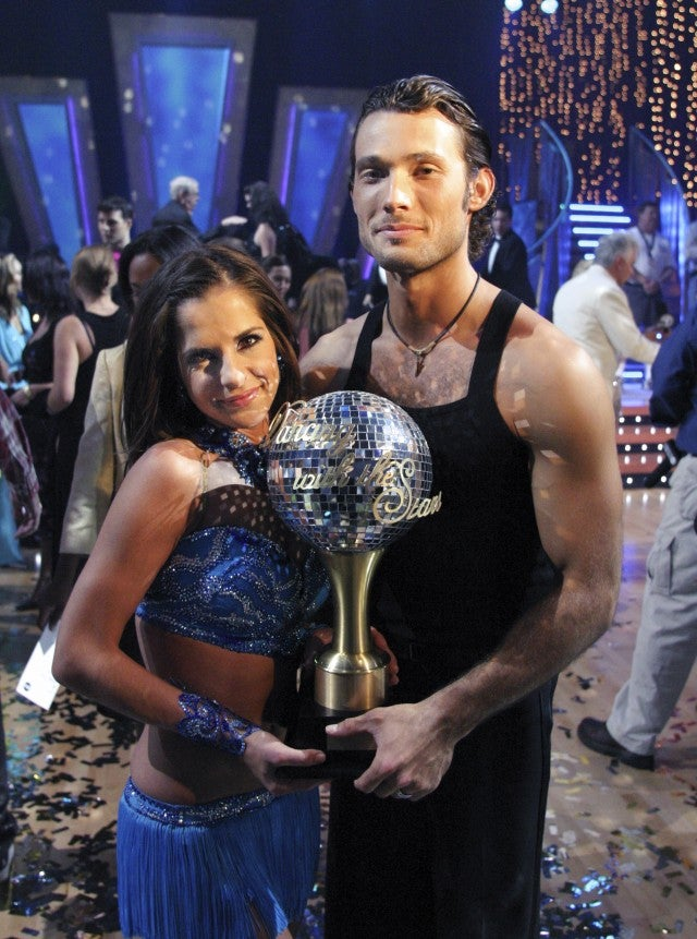 On dancing with the stars is kelly and val dating now