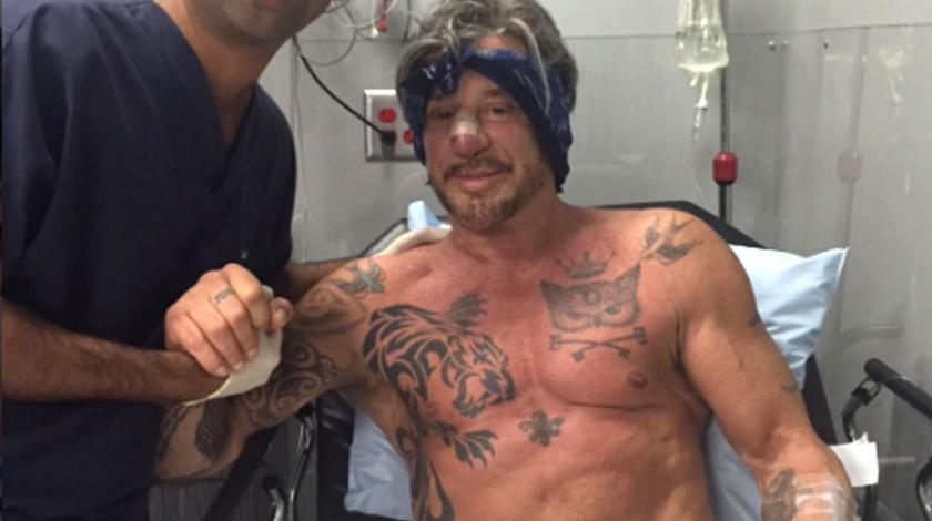 Mickey Rourke in hospital