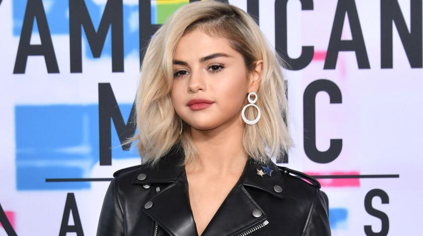 Selena Gomez at AMAs