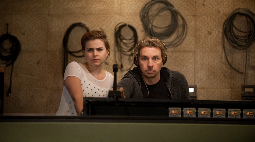 mae_whitman_dax_shepard_gettyimages-156764861.jpg
