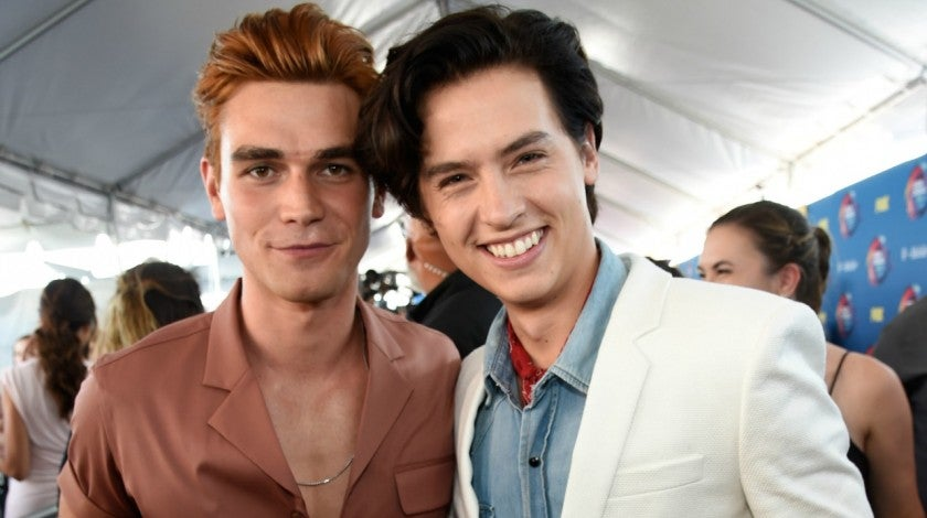 kj apa cole sprouse teen choice awards 2018