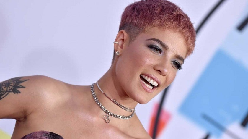Halsey at the 2018 American Music Awards on Oct. 9