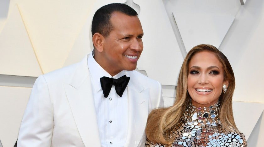 Jennifer Lopez and Alex Rodriguez at 2019 oscars