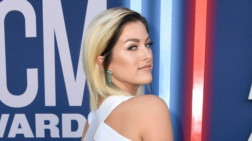 Cassadee Pope at 2019 ACMs