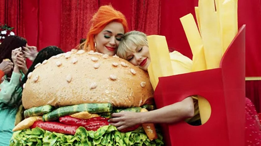 Taylor Swift and Katy Perry in calm down video