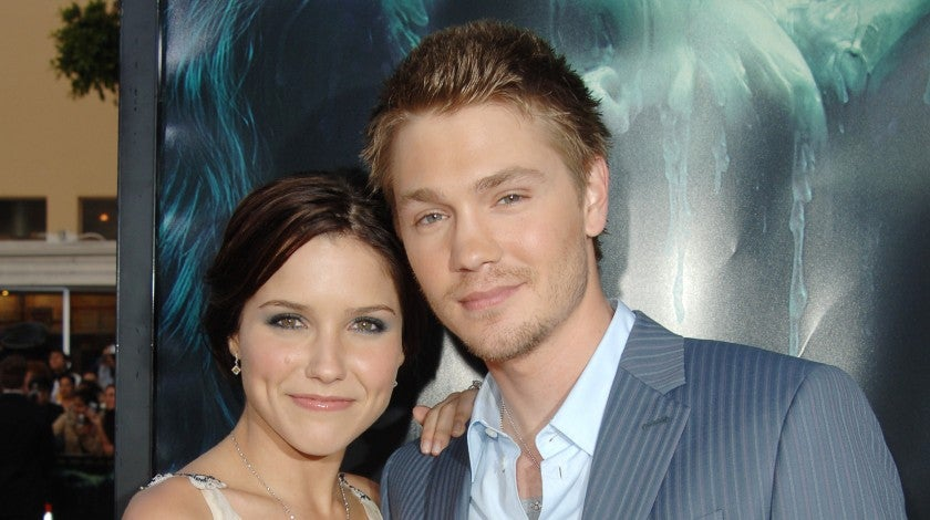 Sophia Bush and Chad Michael Murray at house of wax premiere in 2005