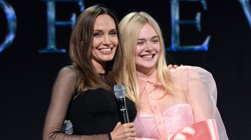 angelina jolie and elle fanning at d23