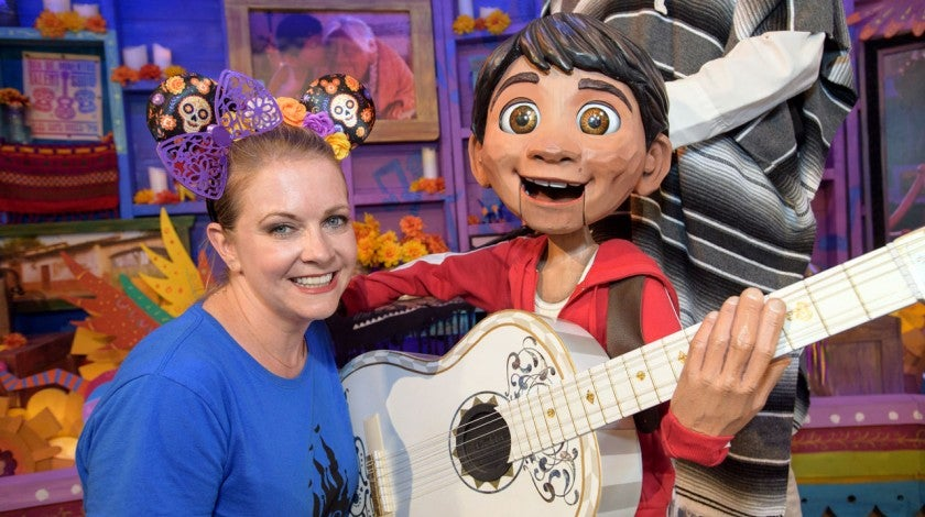 melissa joan hart at disney with coco