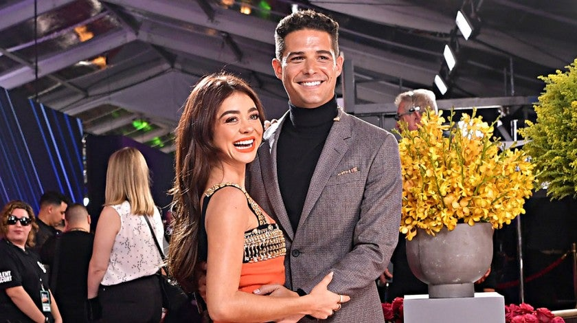 sarah hyland and wells adams in november 2019