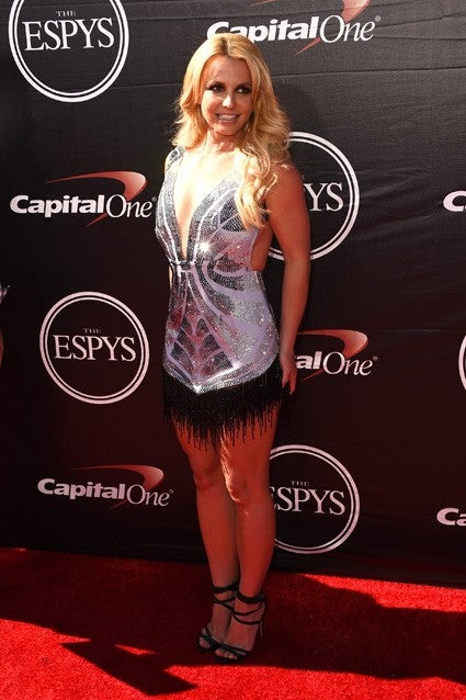 Britney Spears Newly Single Stuns In Silver Mini At Espy Awards Entertainment Tonight