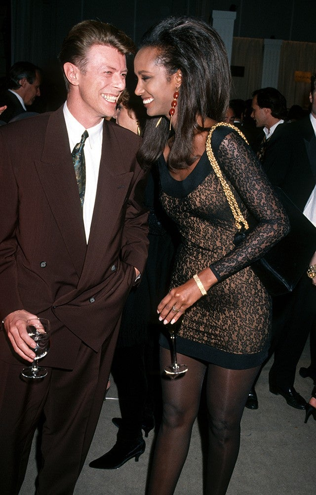 David Bowie And Iman A Timeline Of Their Whirlwind 26 Year Romance Entertainment Tonight