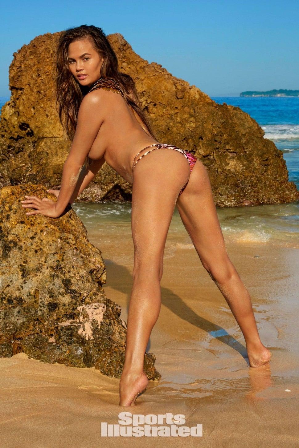 chrissy teigen sports illustrated swimsuit