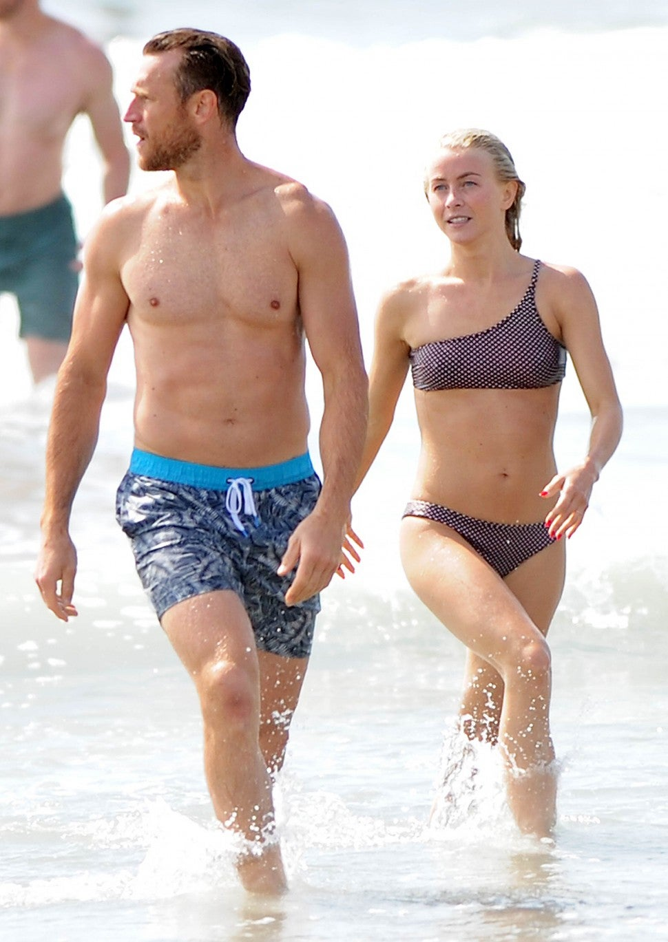 Brooks Laich and Julianne Hough - Labor Day