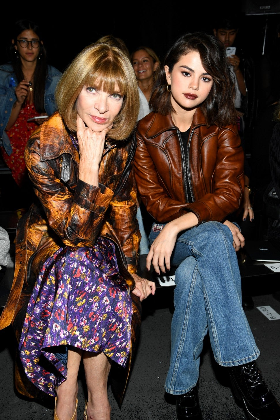 selena_gomez_anna_wintour_GettyImages-846257576