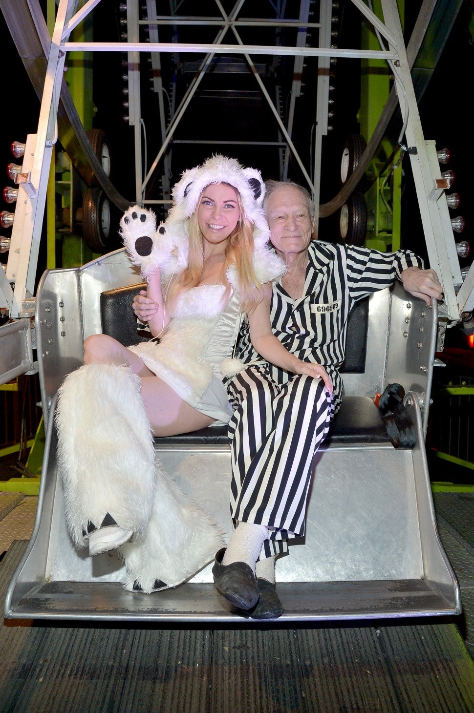 Hugh Hefner S Final Days Playboy Founder Hadn T Been Doing Well For The Last Year Entertainment Tonight