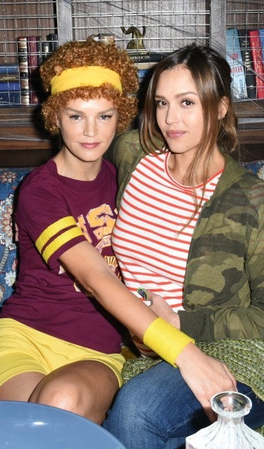 Pregnant Jessica Alba Wins Halloween With Juno Costume See The Epic Outfit Entertainment Tonight
