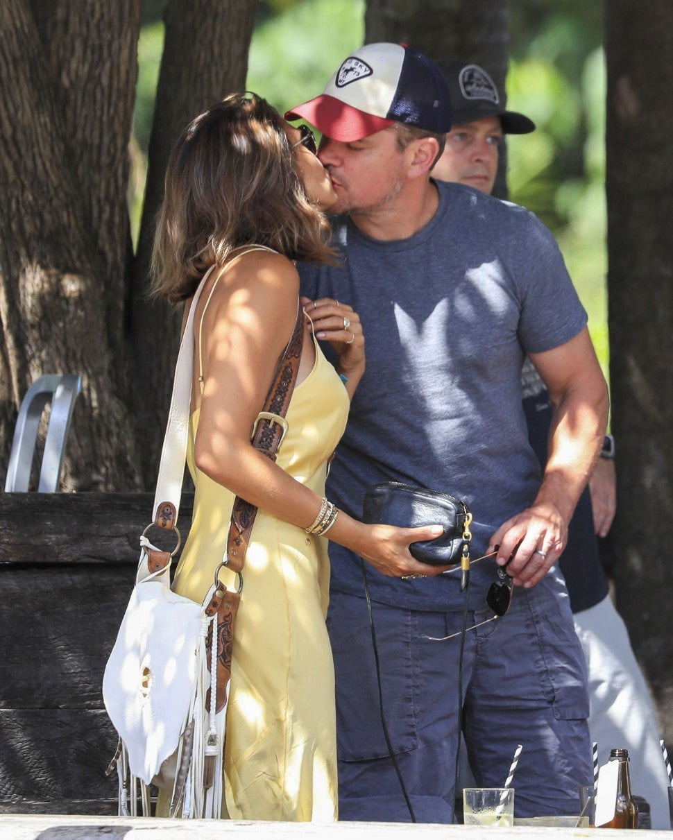 Matt Damon Luciana Barroso kiss