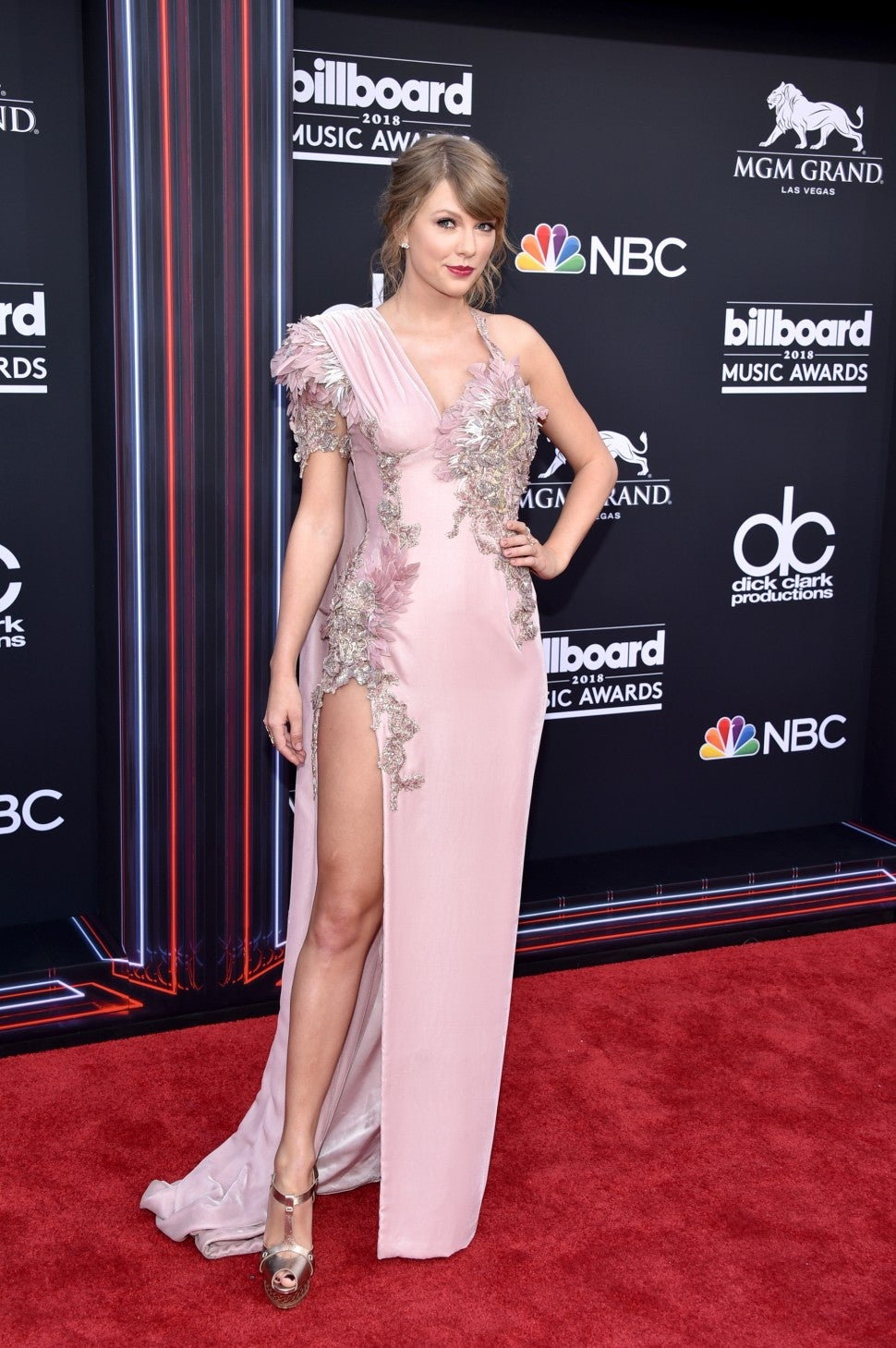 Taylor Swift at 2018 billboard awards