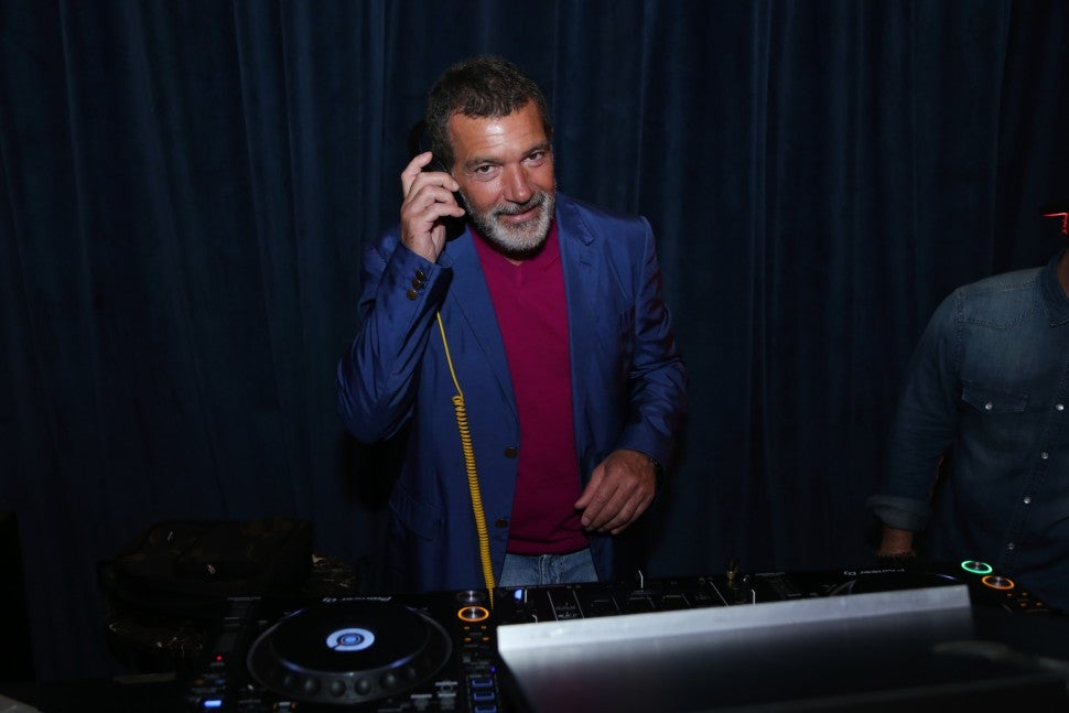 Antonio Banderas at Designers Dinner at the Doheny Room