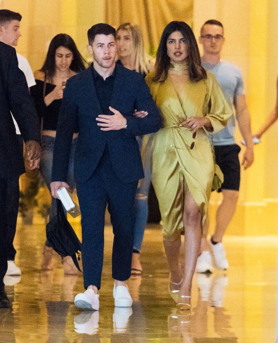 Nick Jonas Takes Priyanka Chopra To Family Wedding See The Pic Entertainment Tonight