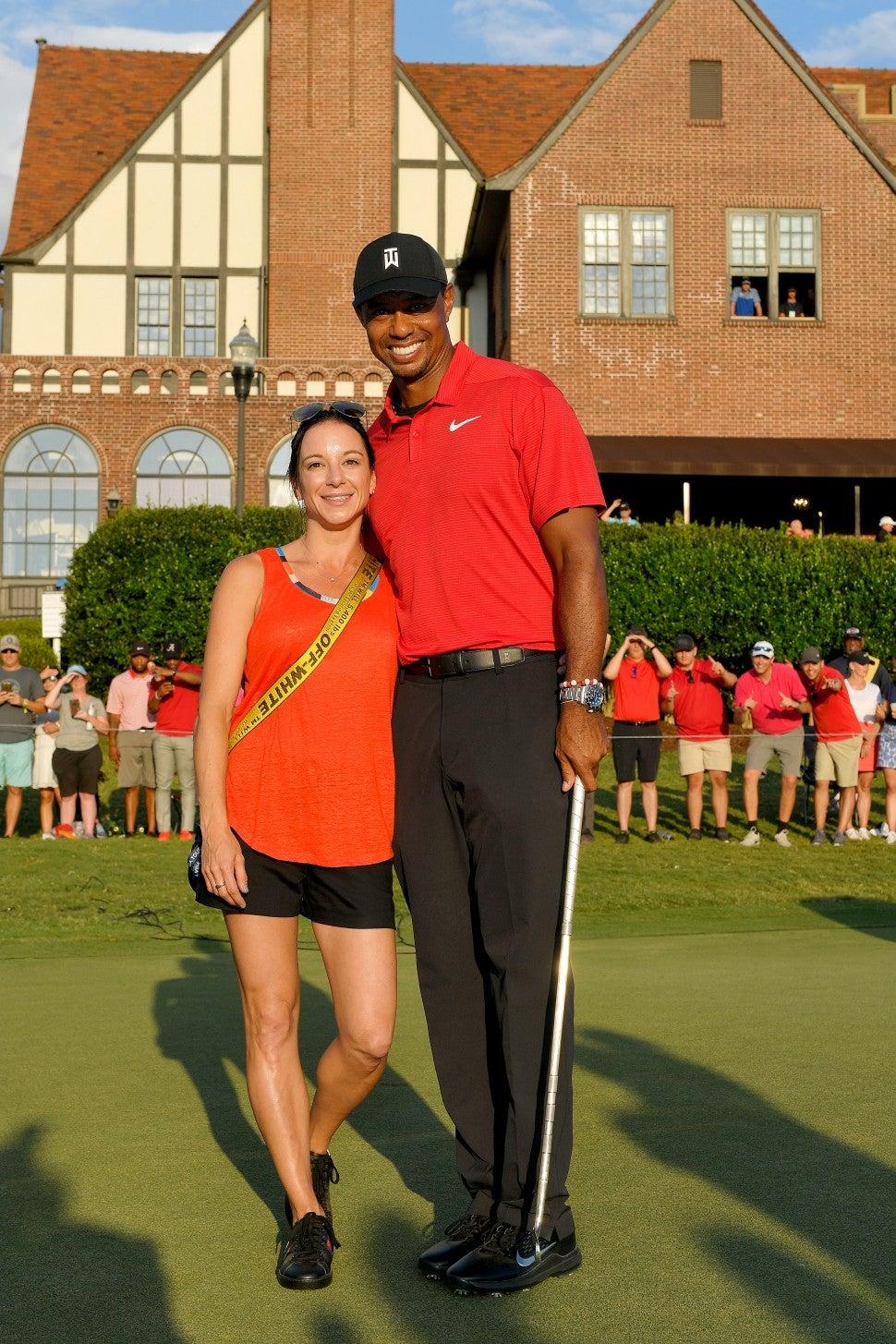 Tiger Woods Gets Big Kiss From Girlfriend Erica Herman ...