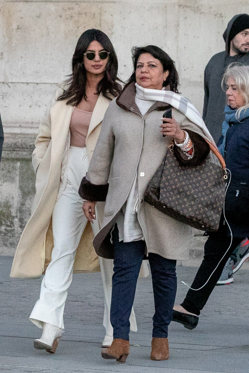 Priyanka Chopra and her mom in Paris