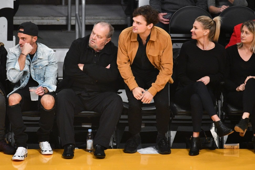 Jack Nicholson And Son Ray Sit Courtside To Cheer On La Lakers Entertainment Tonight Nicholson and ray stepped out together on saturday at the 6th annual apollo in the hamptons event, held at ron perelman's east hampton estate, the creeks. jack nicholson and son ray sit