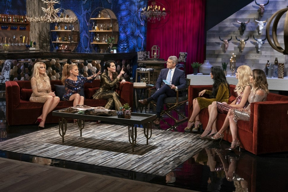 D'Andra Simmons and LeeAnne Locken face off on 'The Real Housewives of Dallas' season three reunion.