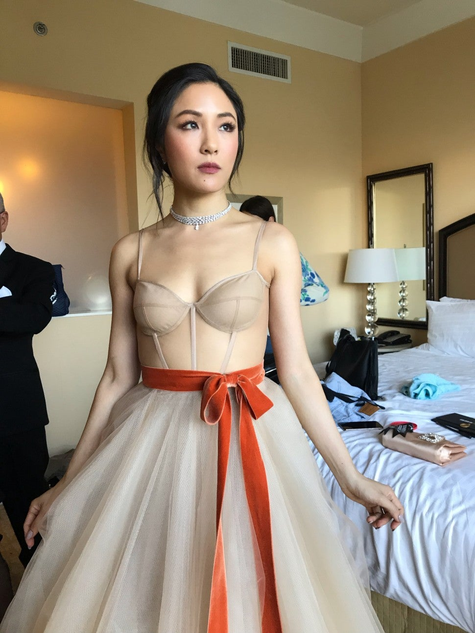 Stars Wore Nude Gowns to the 2019 Golden Globes - PureWow