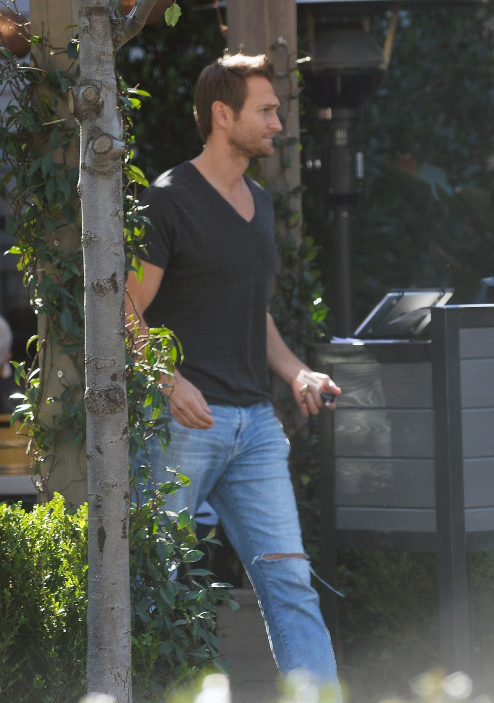 Jennifer Garner and John Miller are spotted leaving separately after dining at Blue Ribbon Sushi in Los Angeles. The 46 year old actress was dressed in a grey sweater and jeans, while Miller sported a v-neck shirt with jeans.