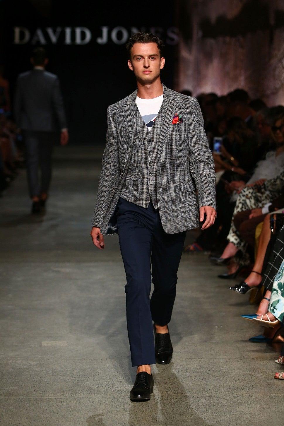 Margot Robbie's Younger Brother Cameron Makes Runway Debut ...  Robbie Jones Model