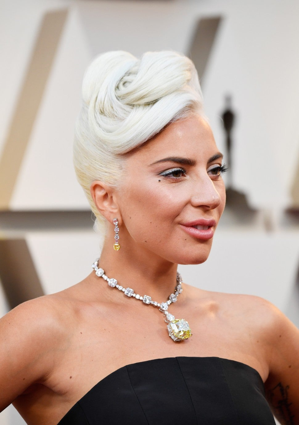 Lady Gaga closeup 2019 Oscars