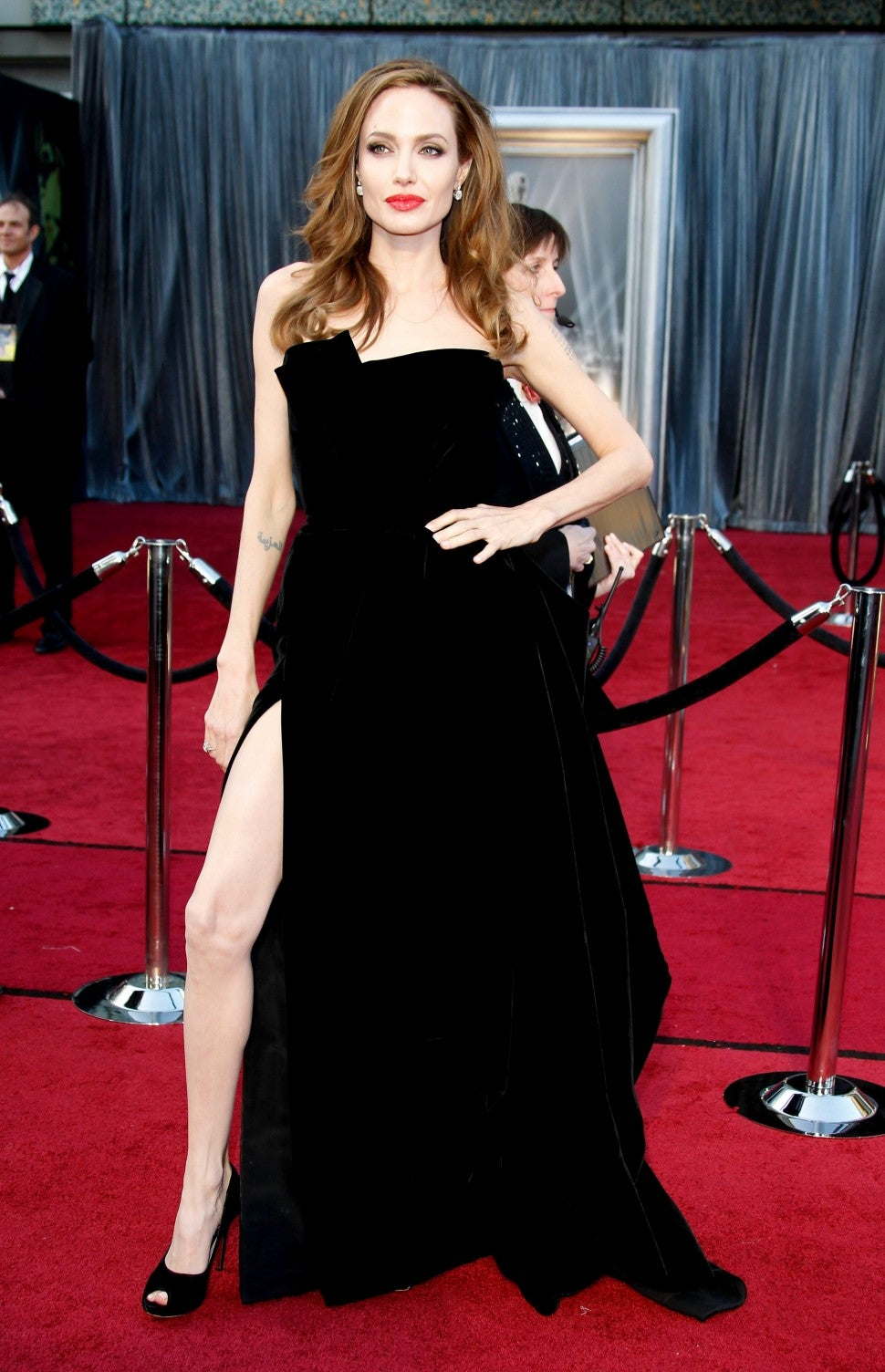 Angelina Jolie Oscars 2012 dress