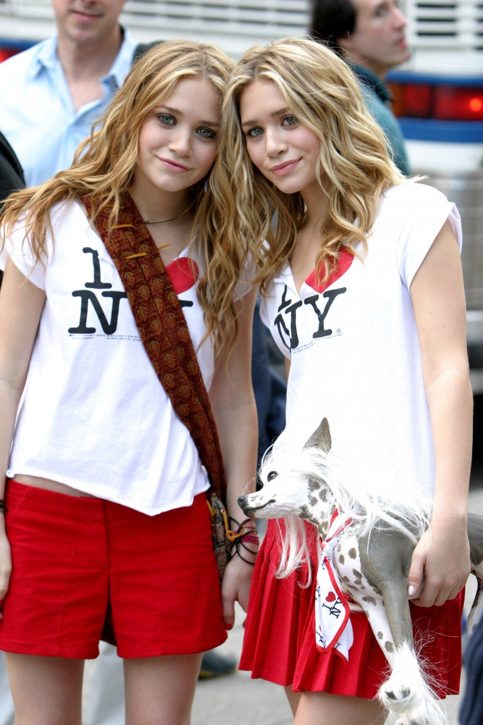 Mary-Kate & Ashley Olsen on the set of 'A New York Minute'