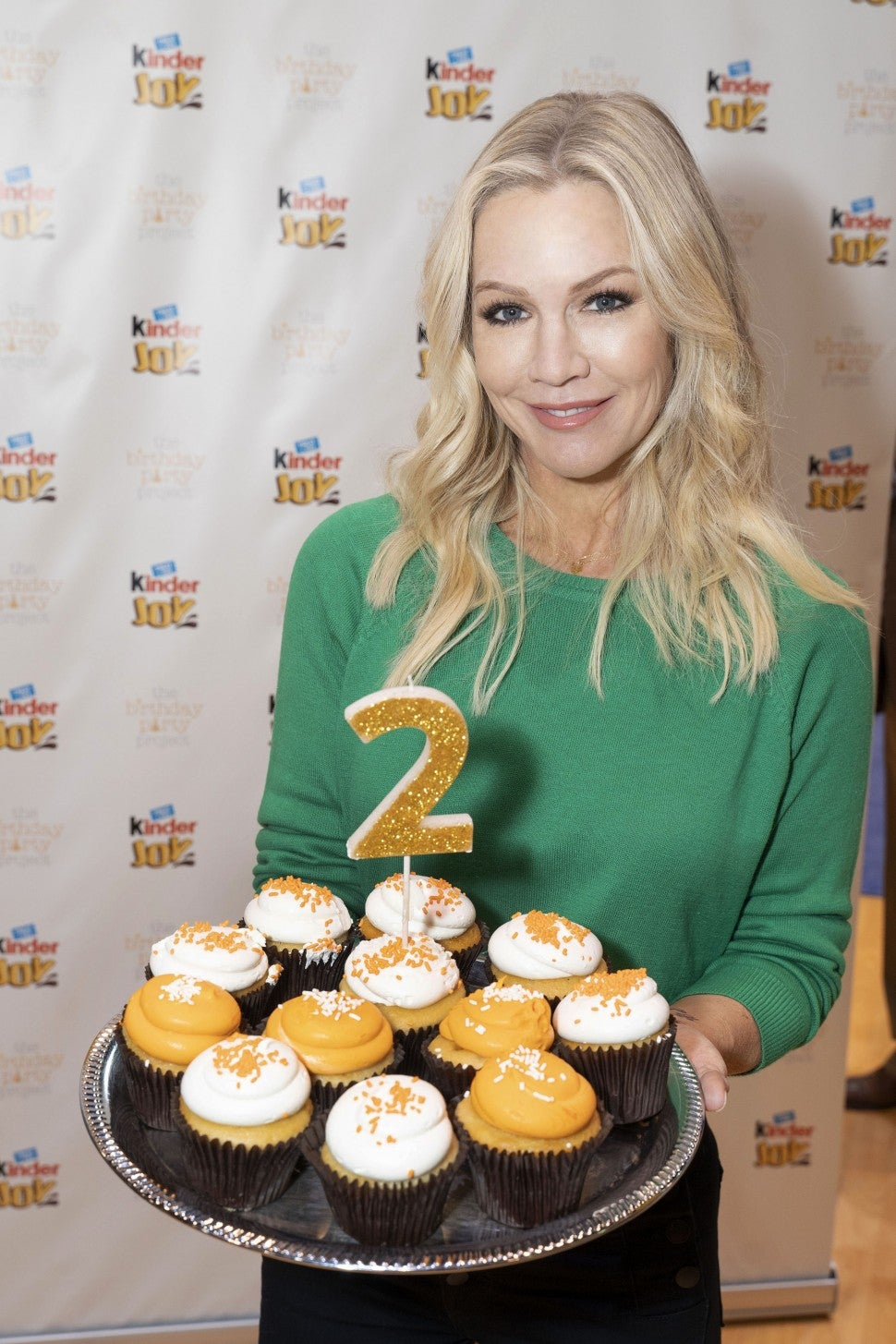 Jennie Garth with kinder joy