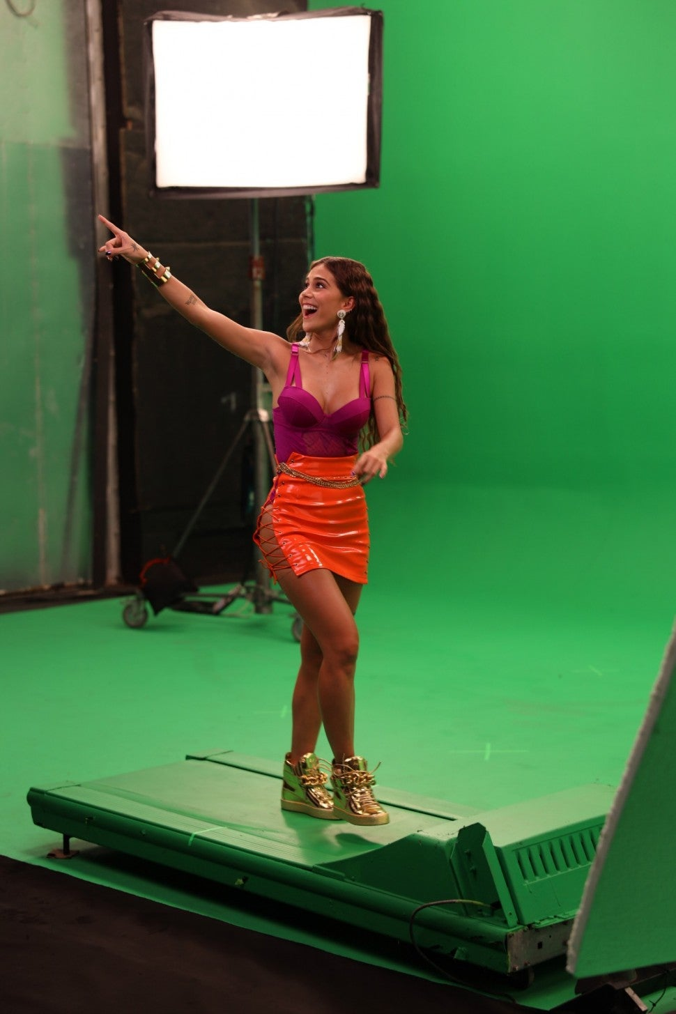 Greeicy Minifalda Behind the Scenes