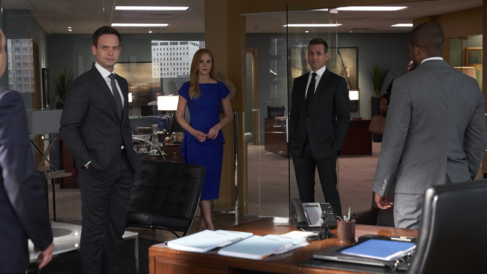 suits harvey and donna s wedding in series finale was a surprise say gabriel macht and sarah rafferty entertainment tonight suits harvey and donna s wedding in