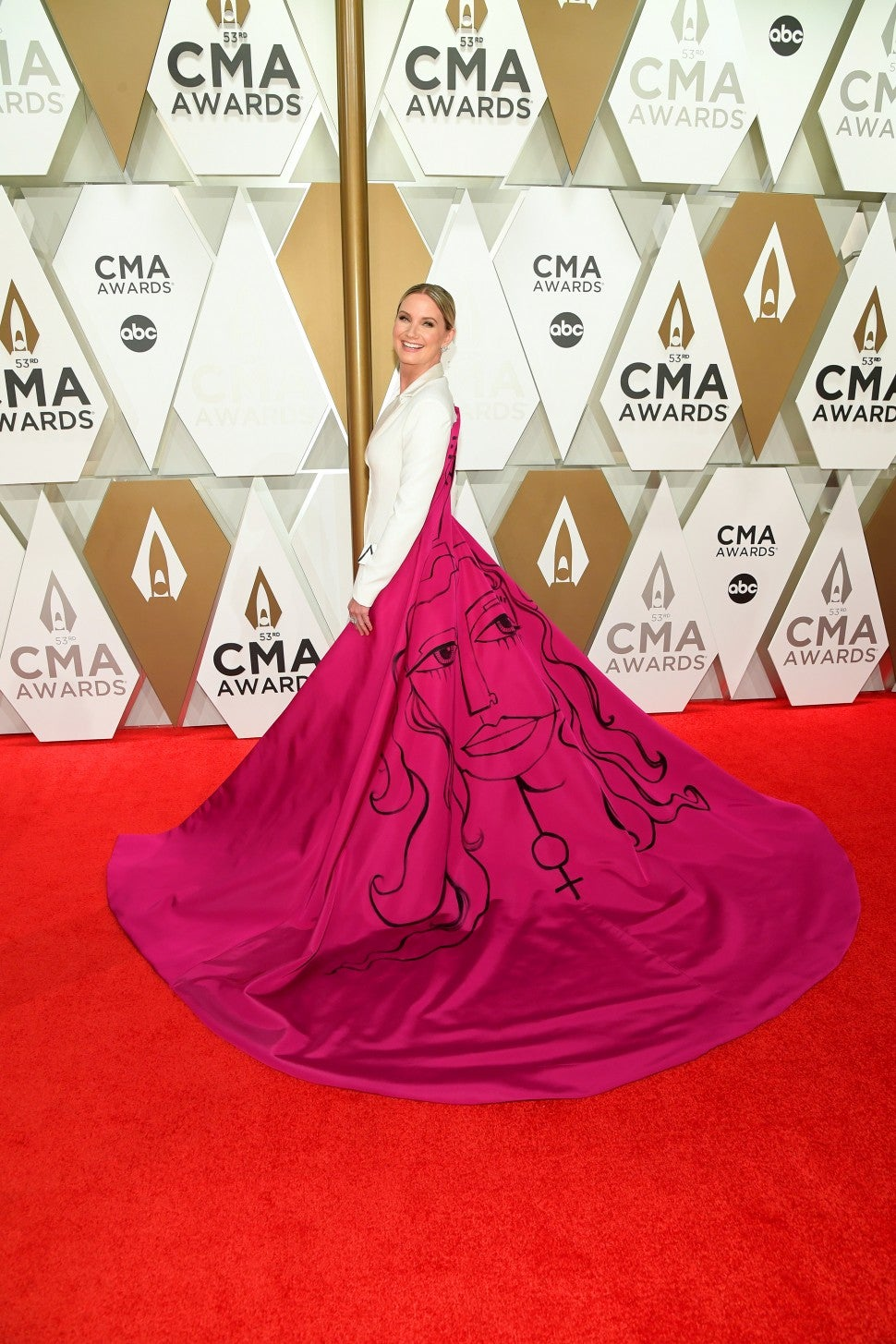 Jennifer Nettles 2019 CMA Awards