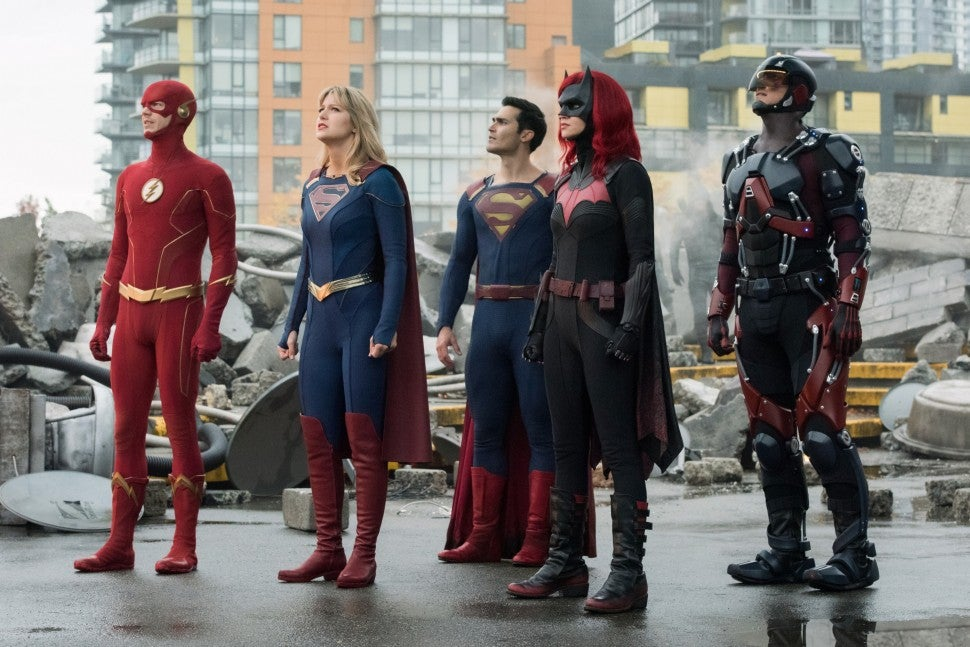 crisis on infinite earths the flash batwoman supergirl superman arrow legends of tomorrow