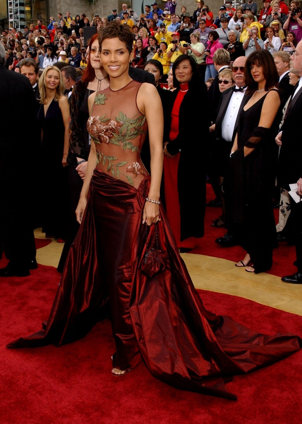 halle berry at 2002 oscars