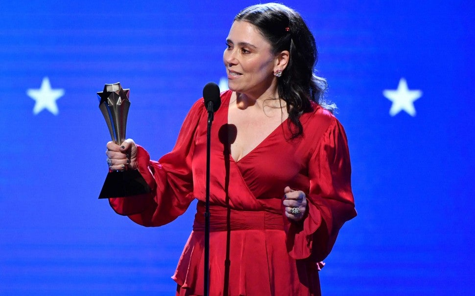 Alex Borstein at the 2020 Critics' Choice Awards