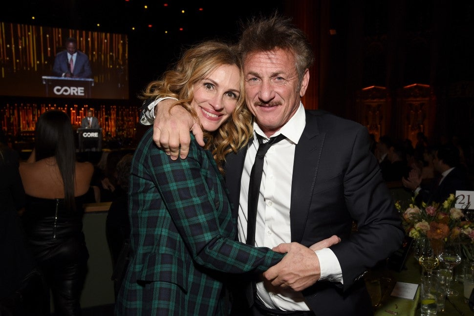 Julia Roberts and Sean Penn