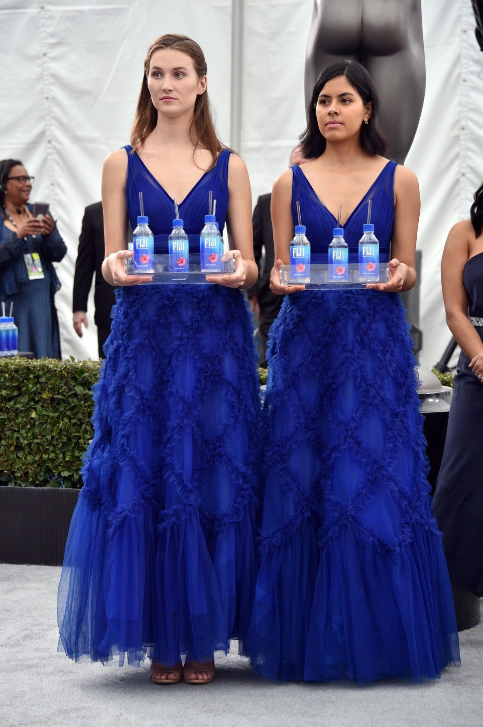 2020 SAG Awards, Fiji Water Girls