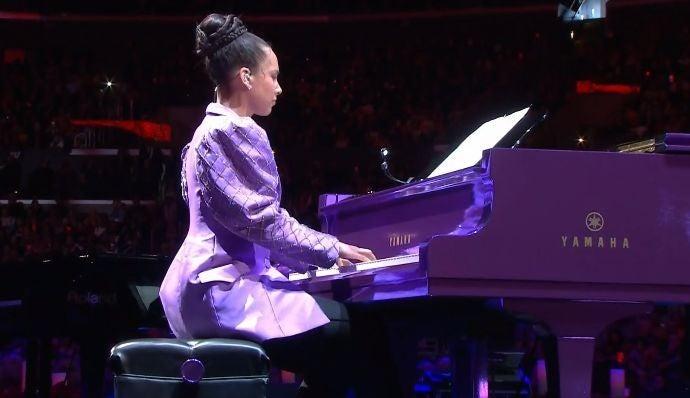 Alicia Keys memorial Kobe