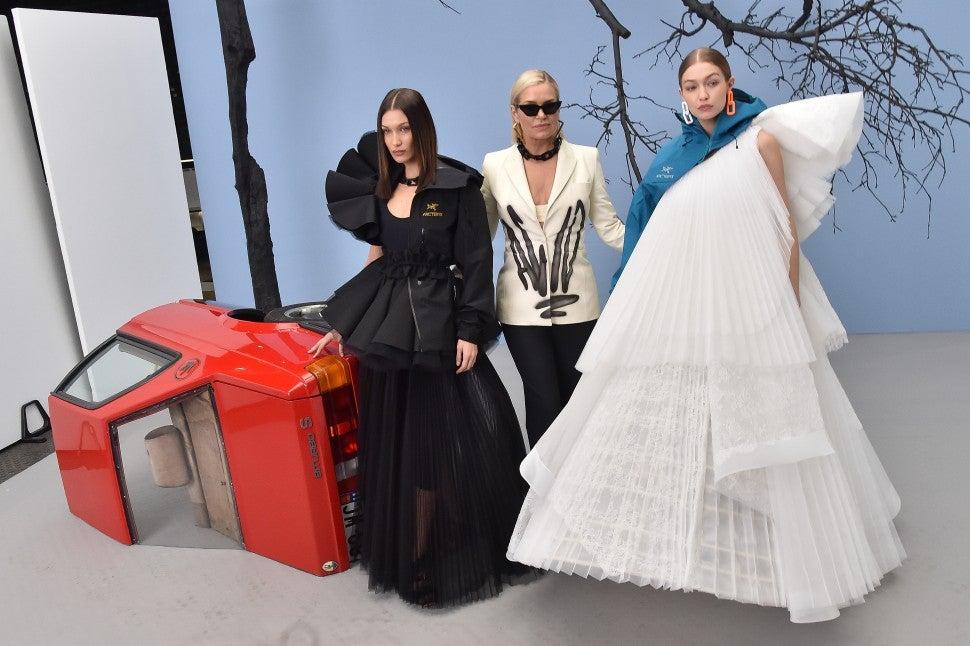Yolanda, Gigi and Bella Hadid backstage at Off-White F/W 2020 fashion show