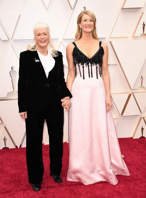 Laura Dern and mom Diane Ladd attend 2020 Oscars in Hollywood, California.